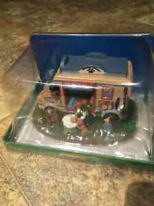 Lemax WASHIN WAGON-Holiday Village Accent -Retired