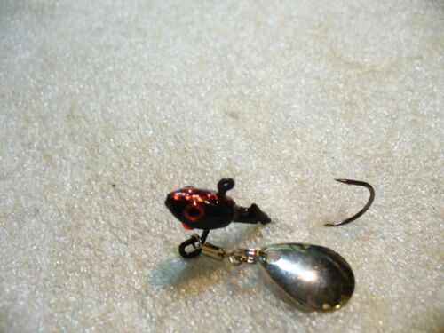 10 CRAPPIE PRO TAIL LIGHT JIG HEADS,BLACK BOTTOM SPINNERS 1//8 OZ #1 HOOK