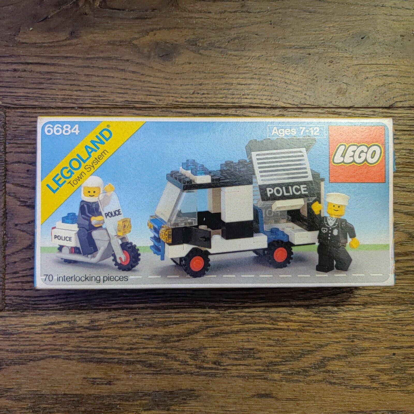 Set  6684 Police Patrol Squad LEGO POLICE panel ref 4215apx2
