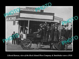 OLD-LARGE-HISTORIC-PHOTO-OF-LIBERAL-KANSAS-THE-STUDEBAKER-WAGON-STORE-c1910
