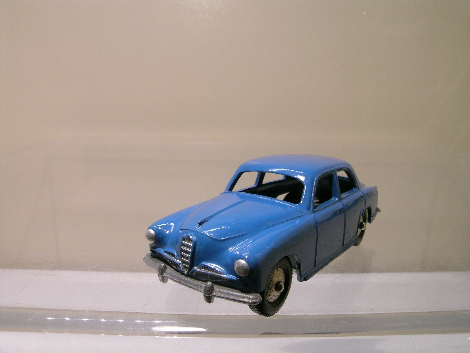 MERCURY ITALY No.16 ALFA ROMEO 1900 BERLINE 1956 bleu DIECAST NEAR MINT 1 43