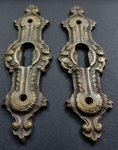 "2 Antique Style Brass French Escutcheons Hardware Ornate  Keyhole 3 1//4/"" #E20"