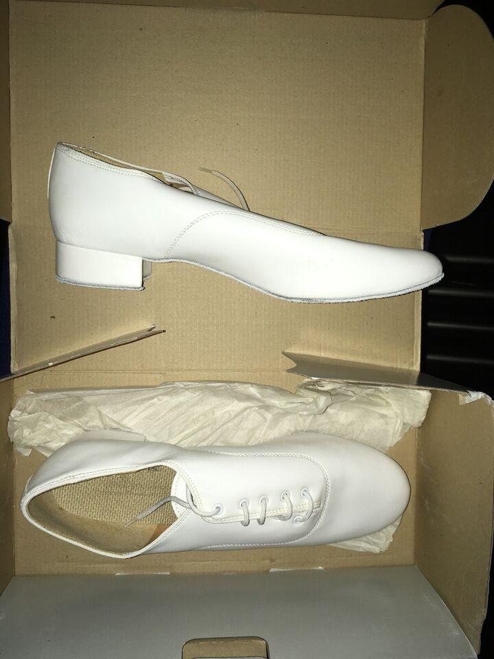 Dansesko, Dansesko / Orgelsko, International Dance Shoes