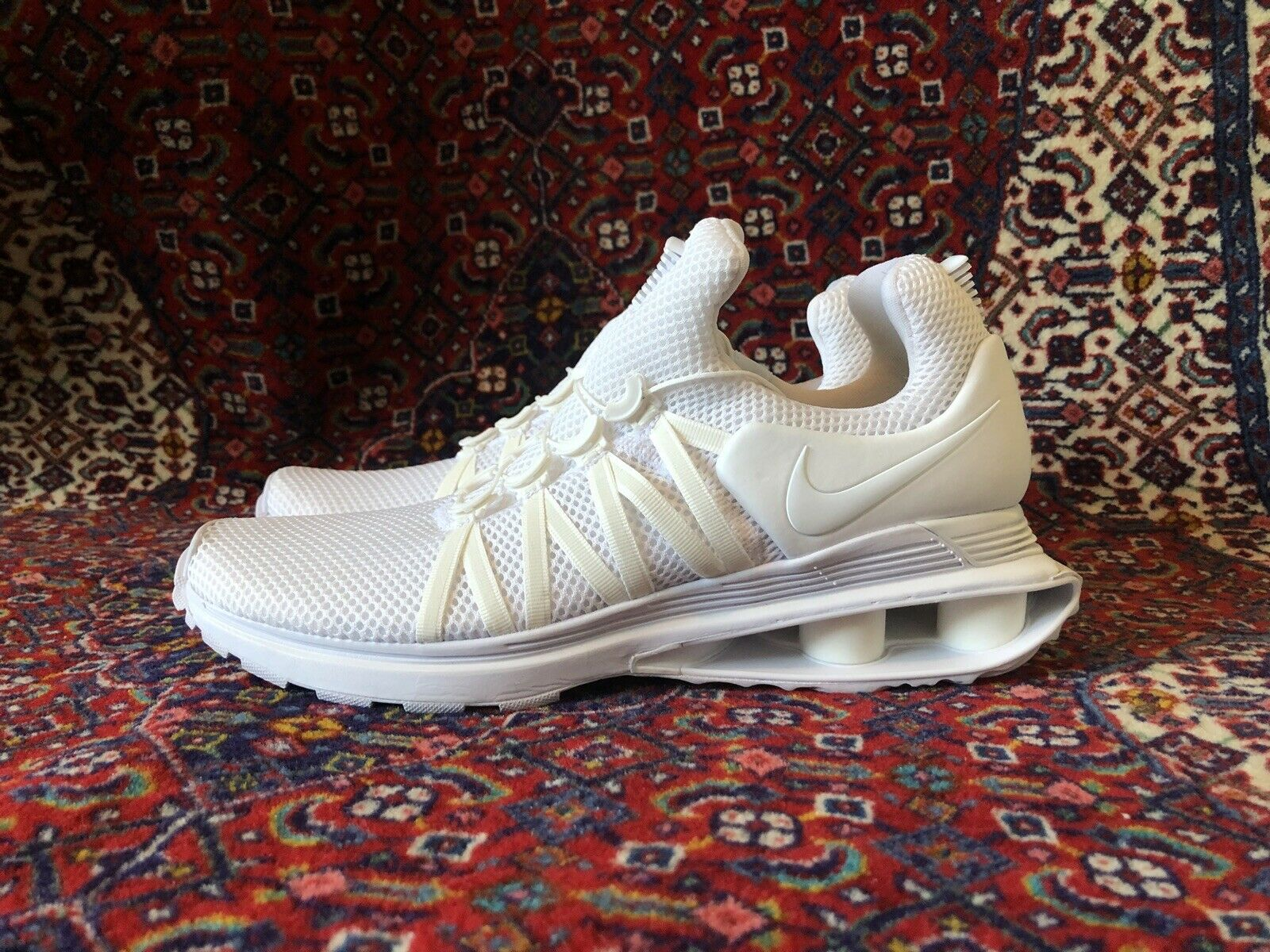 NEW NIKE Shox Gravity Triple White AR1999-100- Size -9.5