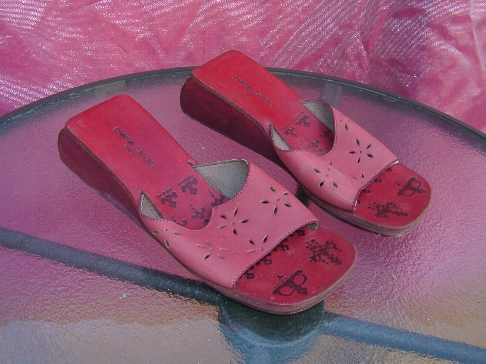 Pierre Cardin rosadododo and rojo 2    wedges sandals slides zapatos sz 5.5  Venta barata