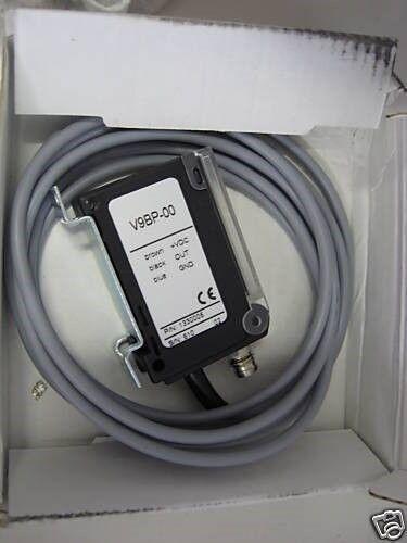 STM Switching Amplifier w//Teach-In Sensor V9-BP-00 V9BP