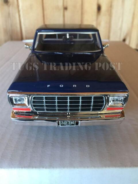 Motormax  Ford F  Pickup Truck Blue  Cast Model Car Bl