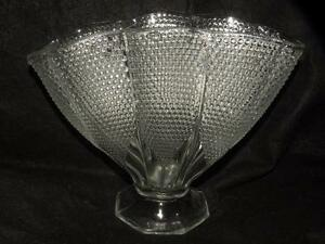 EAPG-ANTIQUE-EARLY-AMERICAN-PATTERN-GLASS-DEWDROP-FAN-VASE-ALSO-CALLED-CALUMBIA