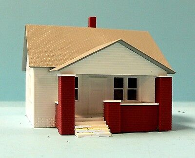 HO Scale Model Railroad Trains Layout Rix House with Side Porch Building Kit