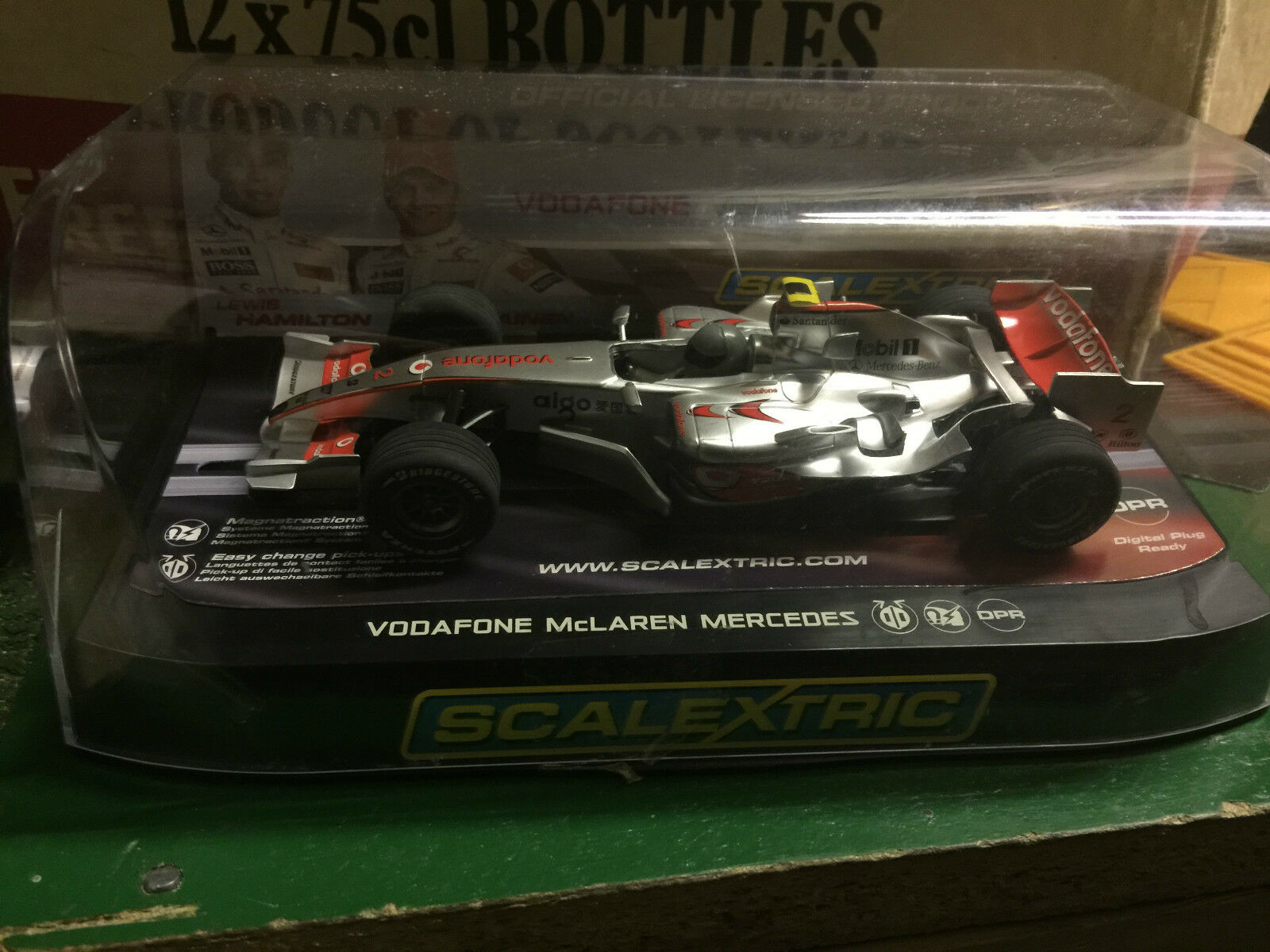 MINT BOXED SCALEXTRIC MCLAREN MP4-21 HEIKKI KOVALAINEN NO 2 REF C2986