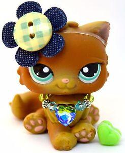 Littlest Pet Shop 238 Brown Persian Cat w/ Blue Eyes - Ink Initials