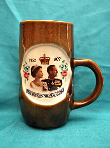 Mug handcrafted in Scotland The Queen's Silver Jubilee 1952-1977 Queen & Prince