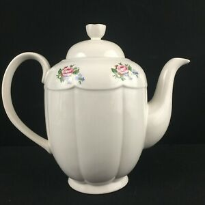 Vintage-Lidded-Teapot-by-Tabletops-Unlimited-Victoria-Floral-Bouquet