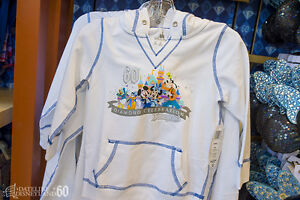 Disney Parks Disneyland Diamond Celebration Mickey Mouse /& Friends Sweatshirt