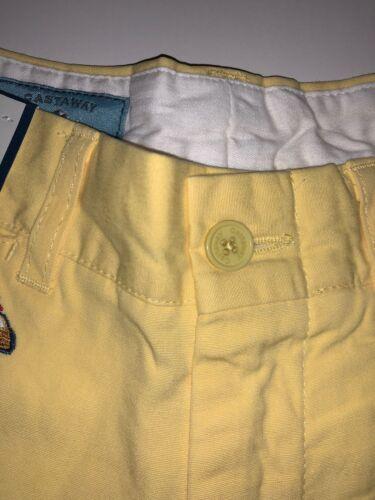 Castaway Nantucket Island Men/'s Embroidered Cars Shorts Cotton Yellow Sz 33 B75