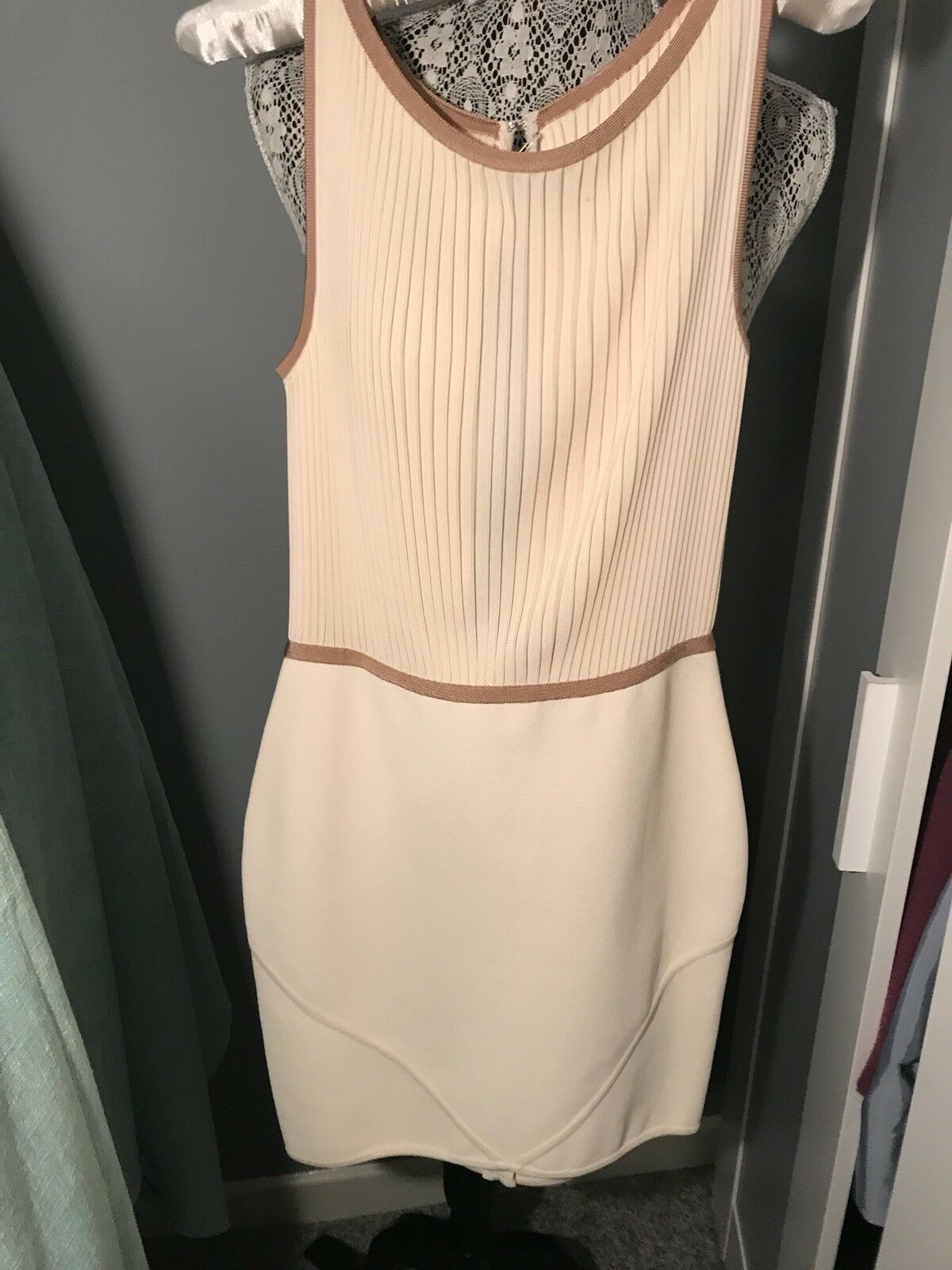 Herve leger dress Tan Size L Amazing Sexy Fitted dress Authentic Bought In Begas