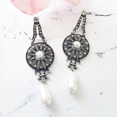 Bold vintage white /& blue crystal art deco cocktail statement drop hook earrings