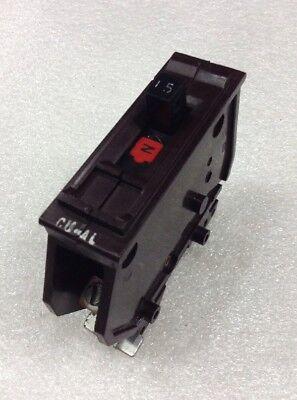 WADSWORTH 15 AMP SINGLE POLE //1 POLE CIRCUIT BREAKER METAL FEET TYPE A 120V A120
