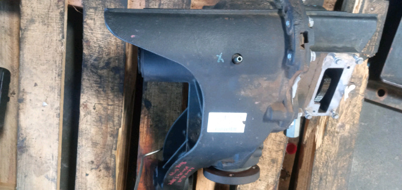 LANDROVER DISCOVERY3  2.7 TDI  REAR DIFF FOR SALE