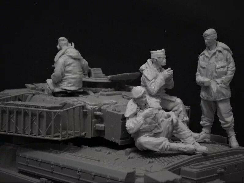 1 35 Resin Figure Model Kit Modern British Amoured Division Tank Crew At Rest