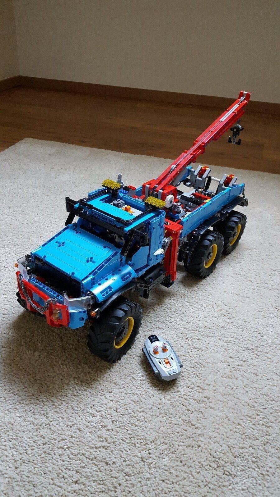 Superbe Noël sonné sonné, accueille les célébrations du nouvel an an an LEGO Technic 42070 Tout-Terrain 6x6 état neuf c0eaac
