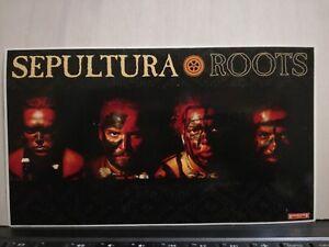 NO-CD-LP-SEPULTURA-ROOTS-ADESIVO-ORIGINALE-cm-21-x-cm-12-nuovo