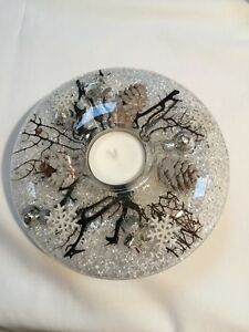 GLASS-CANDLE-HOLDER-WITH-FLORAL-DESIGN-White-Christmas
