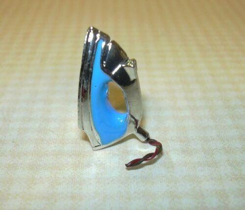 Miniature Shiny Metal Modern Steam Iron for DOLLHOUSE 1:12 Scale Miniatures