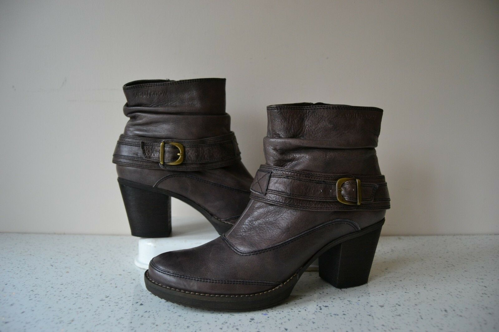 YOU   KNOW  CHOCOLATE BROWN LEATHER BIKER STYLE PLATFORM ANKLE BOOTS EU38