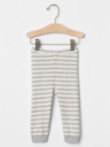 693cd92b75a2 GAP Baby Girls   Boys Size 6-12 Months Ivory Gray Striped Sweater ...