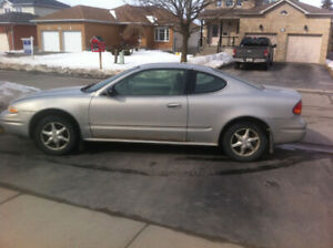 2000 Oldsmobile Alero GL 2 door coupe with 166,000 km