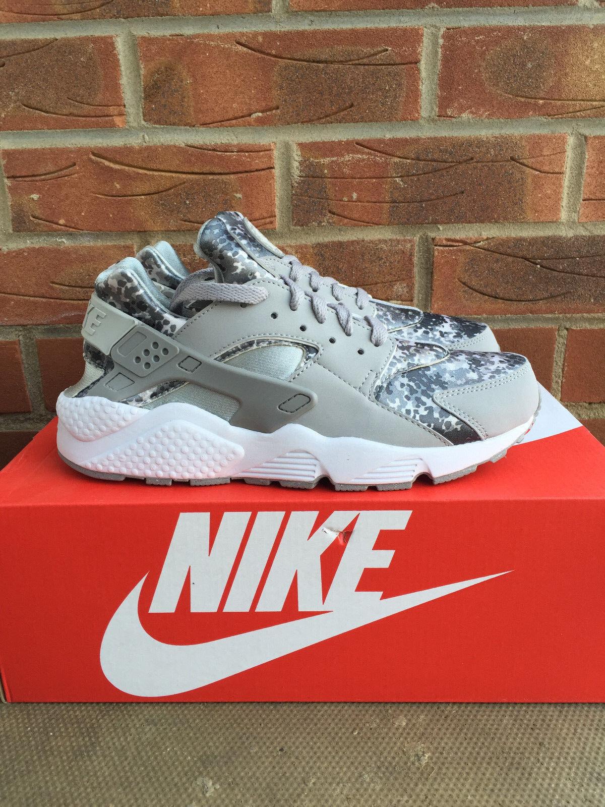 Nike air huarache grey cammo uk numero 7