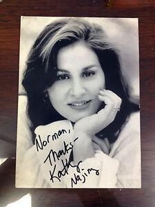 Autographed-4x6-Photo-of-Kathy-Najimy