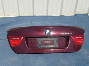 09-10-11-BMW-335D-BURGUNDY-REAR-TRUNK-LID-OEM-41627254425