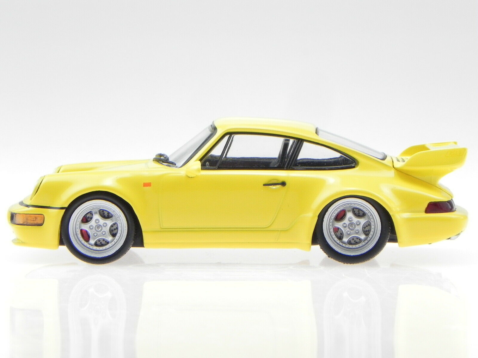 yellow Atlas Norev 1:43 Porsche 911 964 RS 3.8 1992