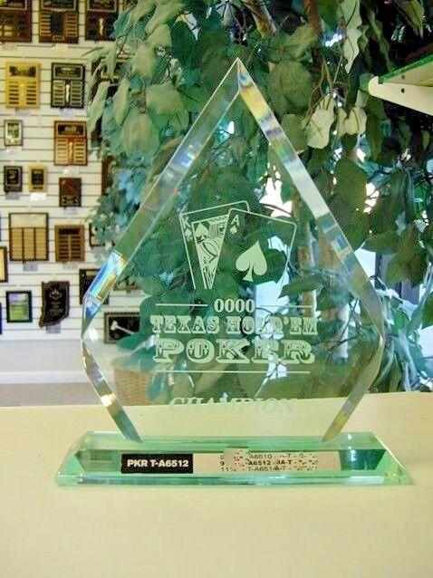 TOP OF THE LINE TEXAS HOLD EM POKER ACRYLIC  TROPHY AWARD gratuito ENGRAVING TA6512J  clienti prima reputazione prima