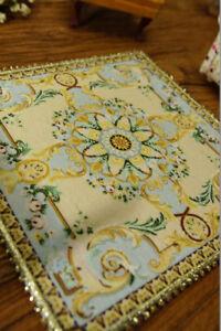 Beautiful Elegant Victorian Floral Roses 1//12 Dollhouse Miniature Rug