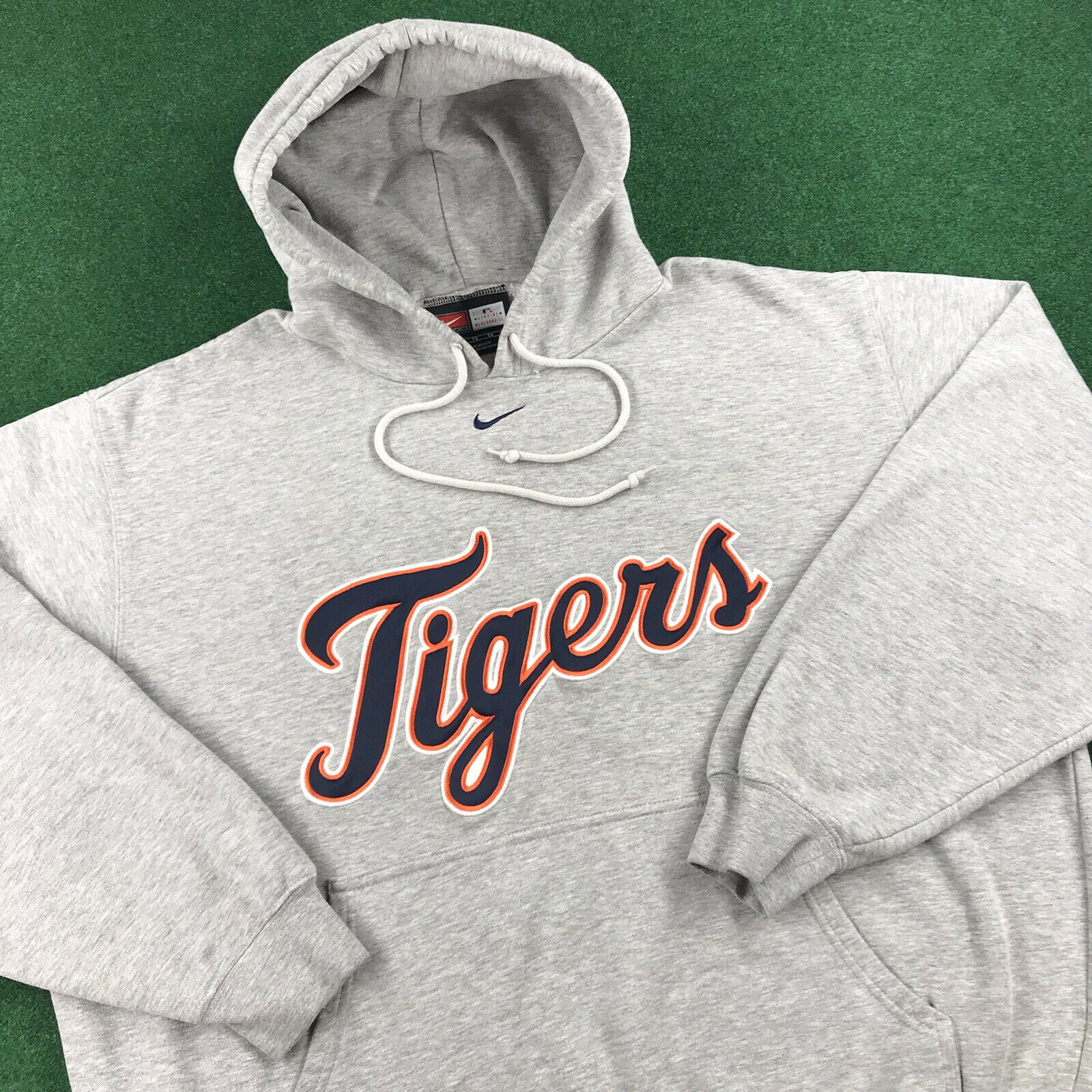 VTG 90S Nike Detroit Tigers MLB Center Swoosh Spe… - image 1