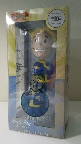 "Gaming Heads Fallout 4 Vault Boy 12/"" ARMS CROSSED Mega Bobblehead Figure NIB"