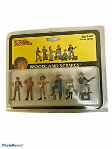 A2739 Woodland Scenics Painted Figures O Assorted Crates