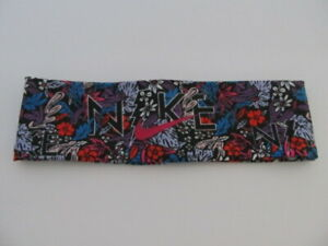 Nike Girl/'s Reversible Headband Tie Blue Void//Echo Pink//Black//White OSFM