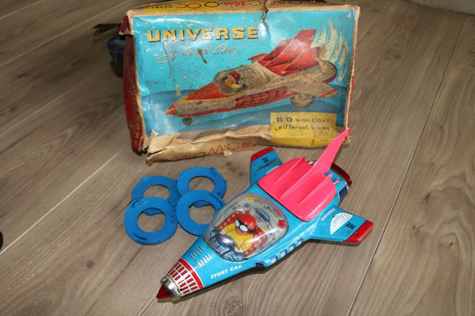 Universe Stunt Car ME 090 in working condition in box