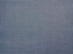 WOVEN-POLYESTER-BLEND-HOUNDSTOOTH-PLAID-FABRIC-BLACK-IVORY-2-1-3-YDS-62-034-WIDE