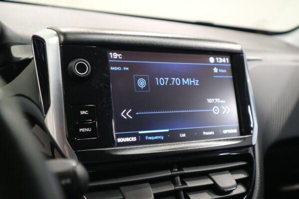 Peugeot 2008 1,2 VTi 82 Active billede 5