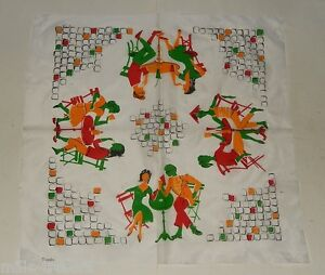 FOULARD-Carre-de-marque-TRIANDA-Visuel-PARIS-Tables-Bistrot-Vintage-60-039