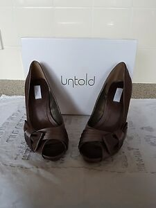 many choices of wide selection of colors high quality Details about Ladies Untold peeptoe shoes size 5... only worn once!!.. like  clarks