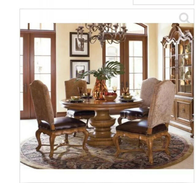 Thomasville Hills Of Tuscany Dining 60 Round Table Chairs 2 W Arms Side