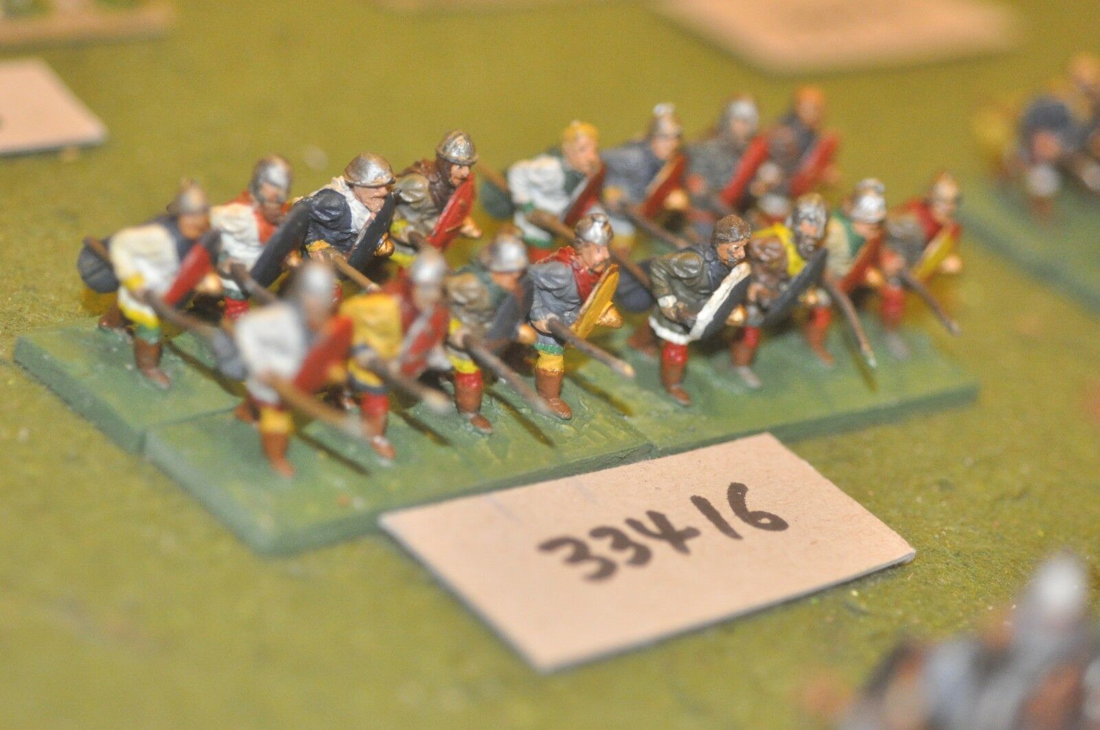 25mm dark ages   carolingian - spearmen 16 figures - inf (33416)