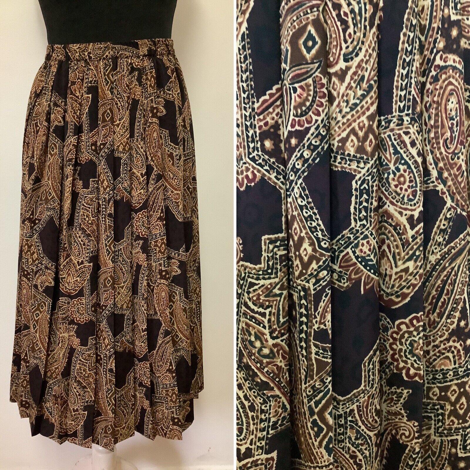 Vintage Skirt Size 8-10 Pleated Paisley & Leopard Print