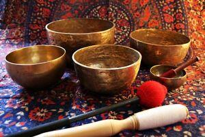 TIBETAN-SINGING-BOWLS-CD-RELAXATION-MEDITATION-HEALING-NEW-AGE-HEALTH-PEACE